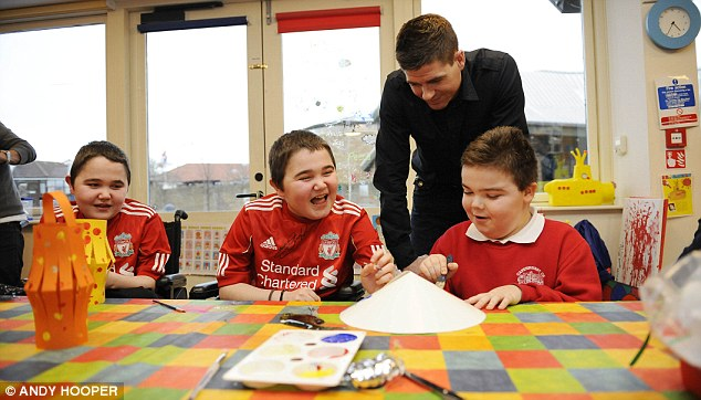 Gerrard meets children at Fairbridge and Claire House